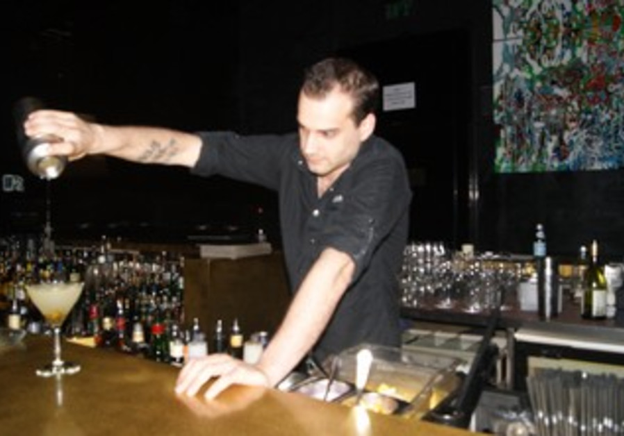 Bartender Jonathan Clark