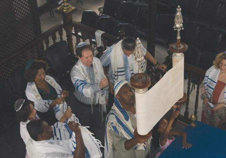 Jews in synagogue