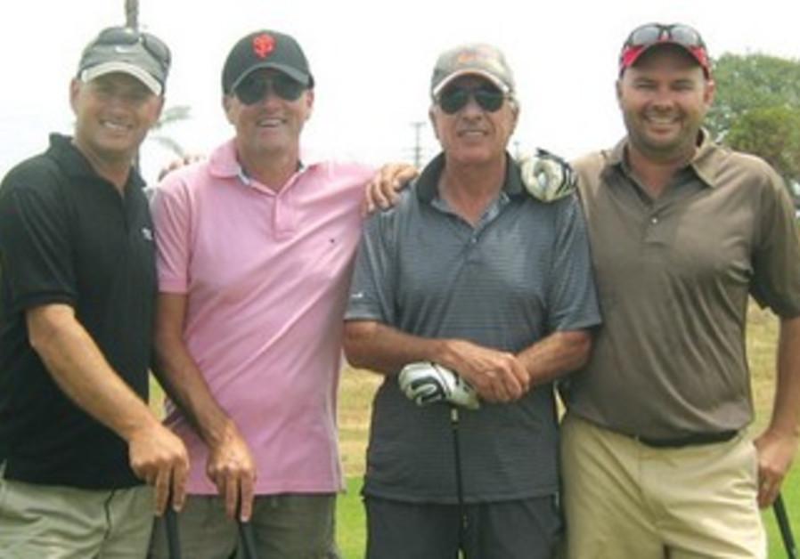 TEXAS SCRAMBLE golfers