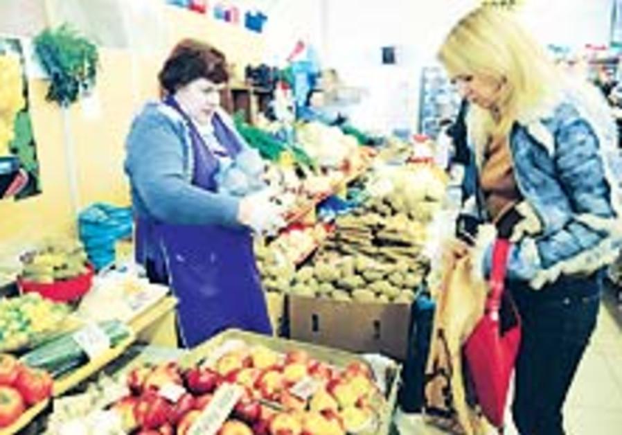 Slowdown hits consumer spending for Pessah