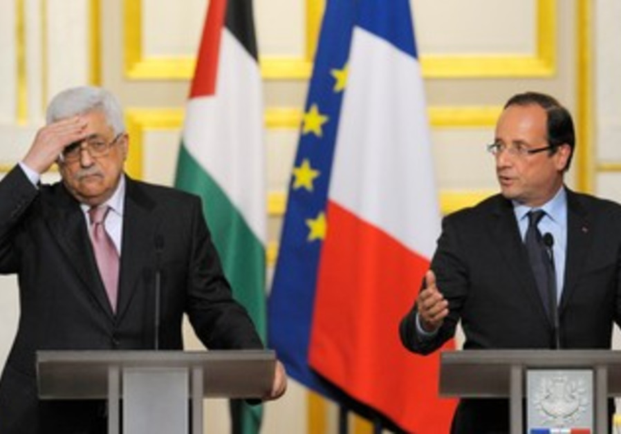 Hollande and Abbas at Elysee Palace in Paris