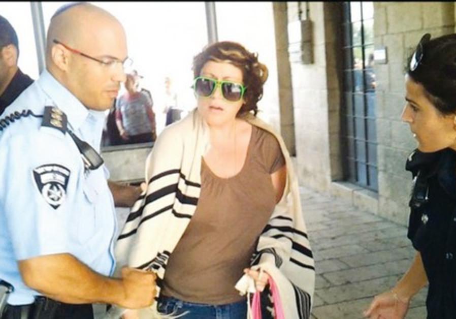 Deborah Houben detained at Western Wall