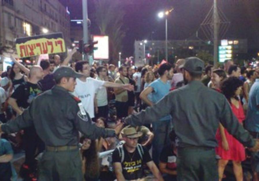 Demonstration against police violence