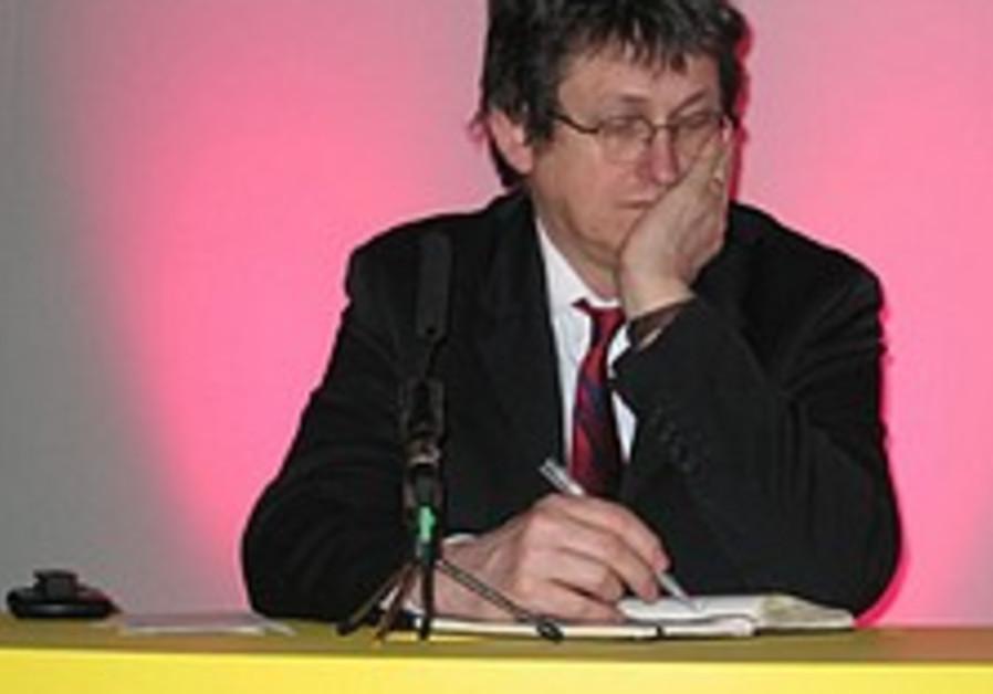 'Guardian' editor apologizes for Jenin editorial