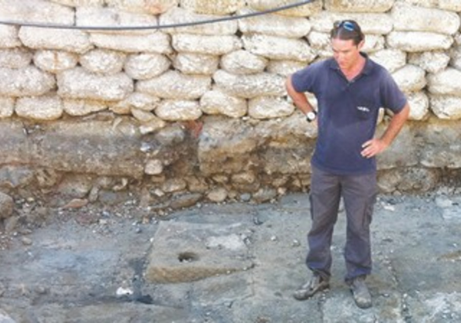 Ancient quay recently uncovered in Acre