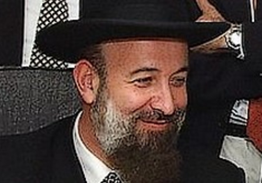 Chief Rabbi Metzger wins court battle to retain powers