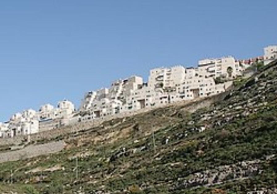 Barak said blocking project to link Givat Ze'ev to J'lem