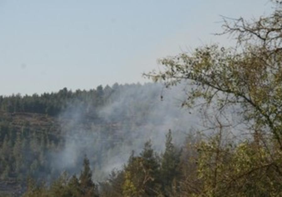 Fire in Jerusalem area neighborhood of Even Sapir [file]