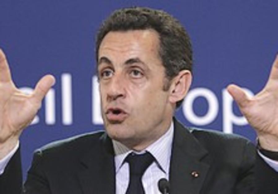Netanyahu off to Paris to meet Sarkozy