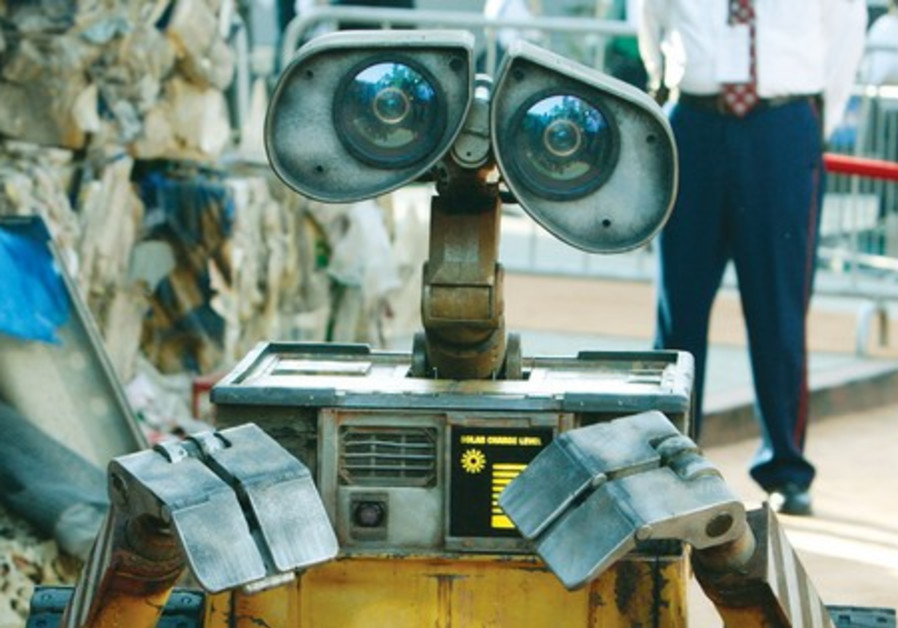 There are robots with a similar job to Wall-E
