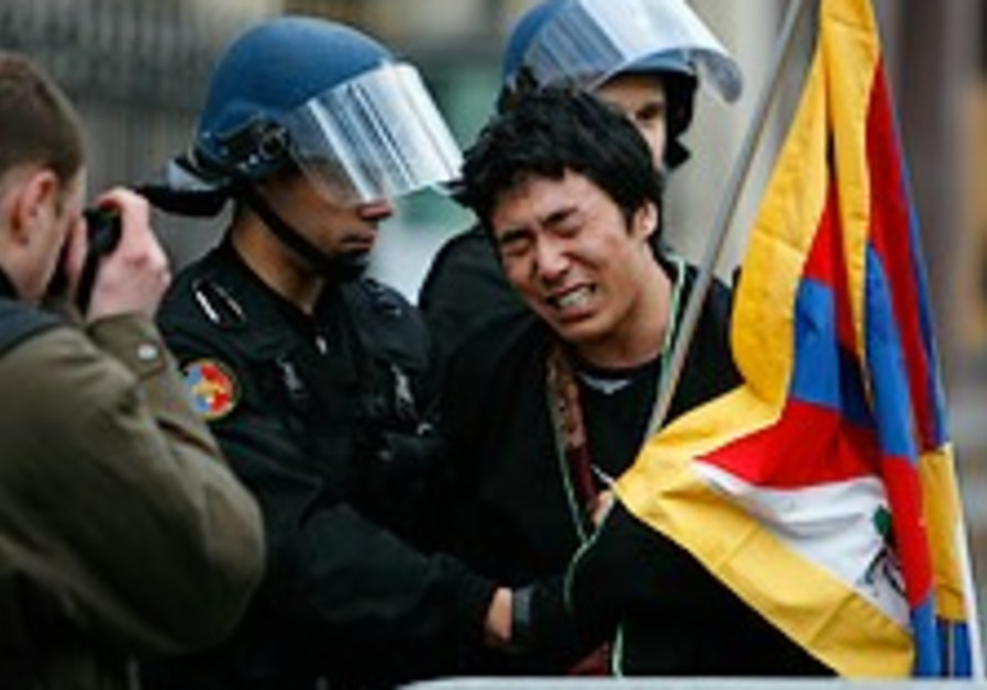 Tibetan governor: Riots left only 16 dead