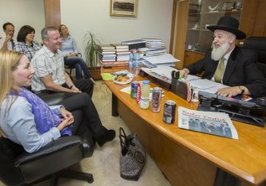 Chief Rabbi Metzger meets Jpost brass