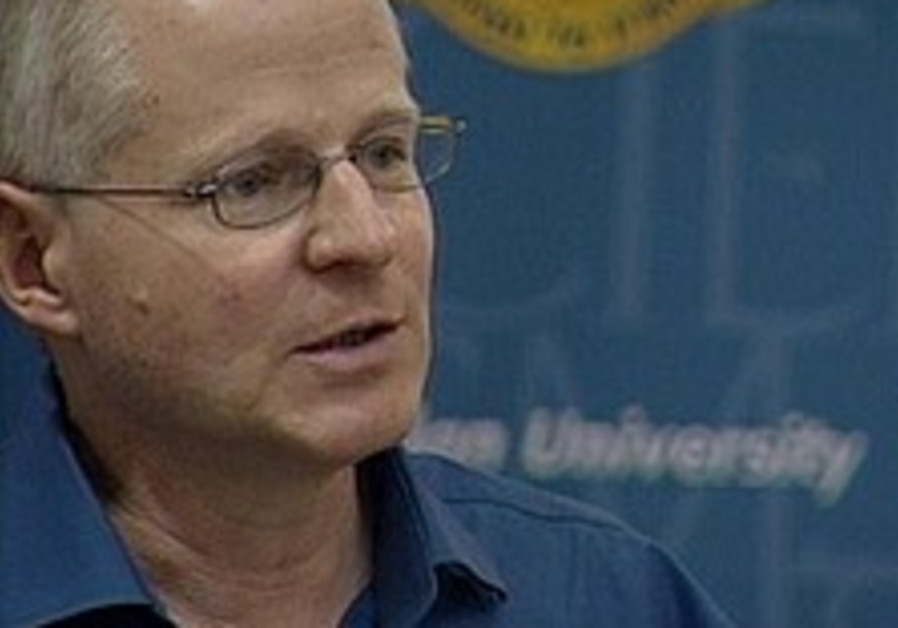 Noam Schalit: Gilad should be part of new truce