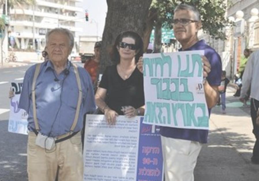 KEN LAZAKEN founder Natan Lavon (left)
