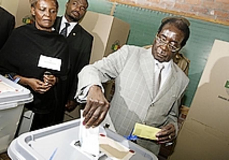 Zimbabwe opposition accuses Mossad of helping Mugabe