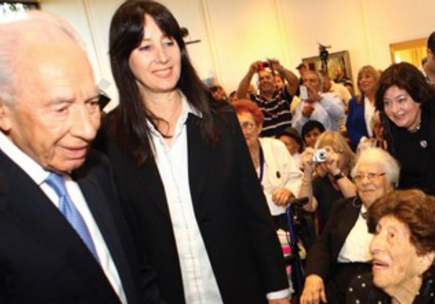 PRESIDENT SHIMON PERES speaks to centenarians