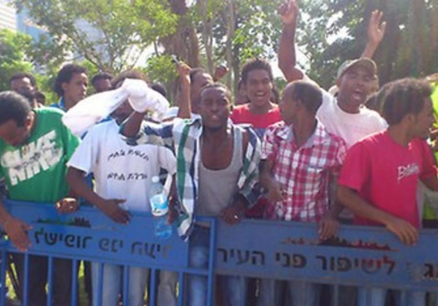 Eritrean migrants protest Negev detention facility