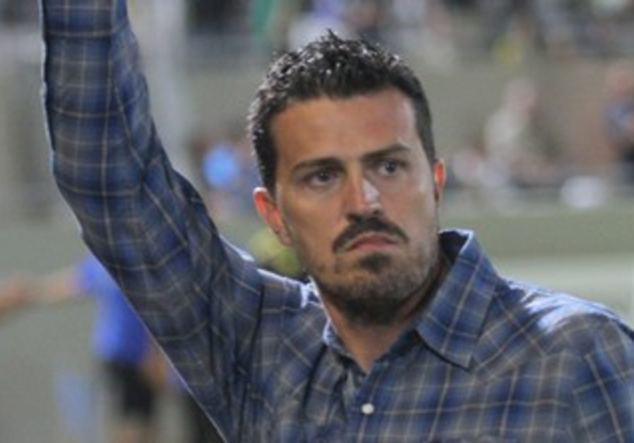 MACCABI TEL AVIV coach Oscar Garcia