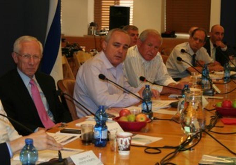 Fischer, Steinitz, Dichter at economic meeting