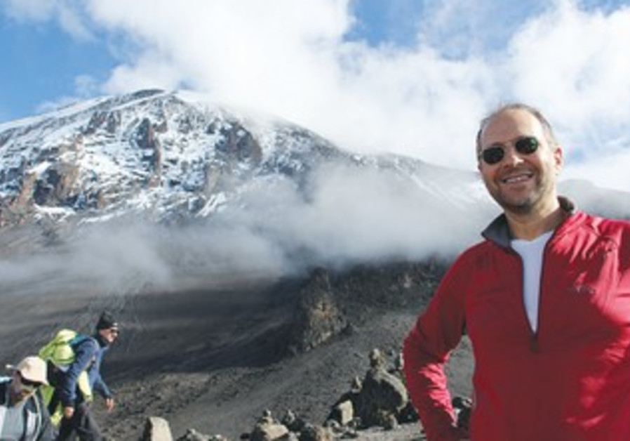 Alex Waislitz climbs Mount Kilimanjaro