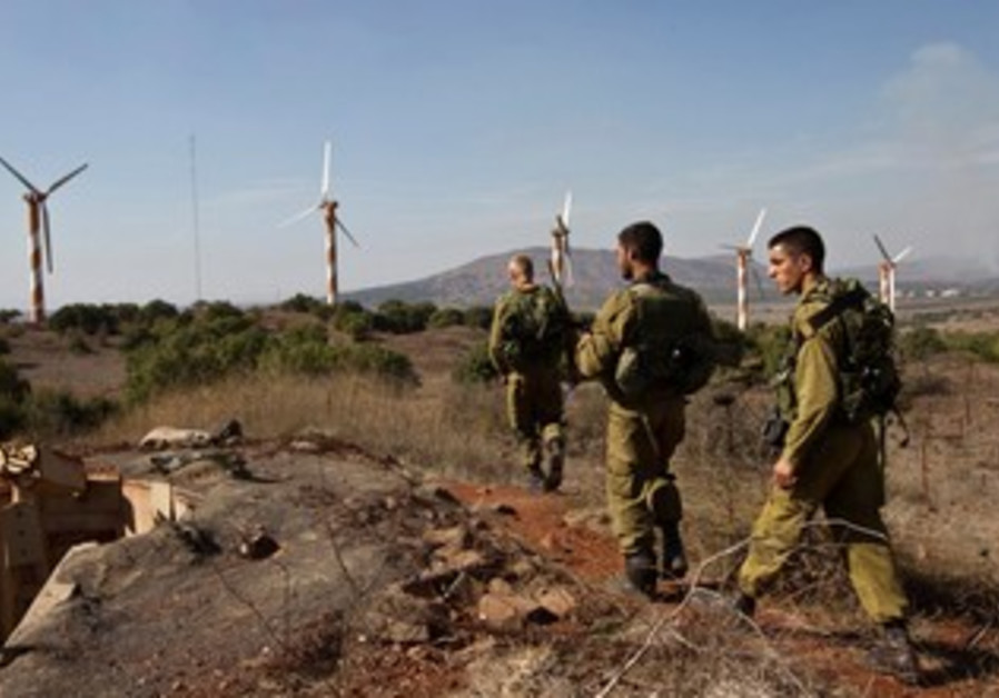 Israeli soldiers in the North