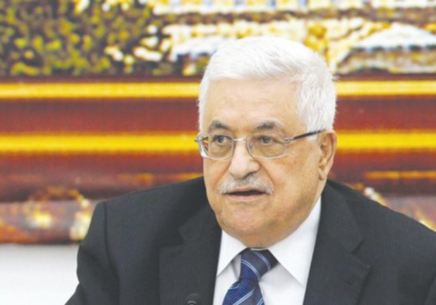 Abbas nage en eaux troubles