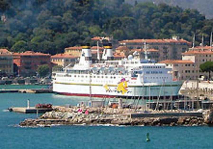 Interested in a gourmet  kosher cruise?