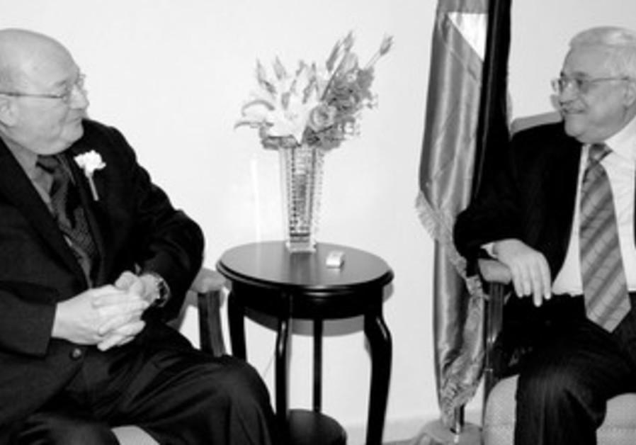 Abbas and Congressman Ackerman in 2007.