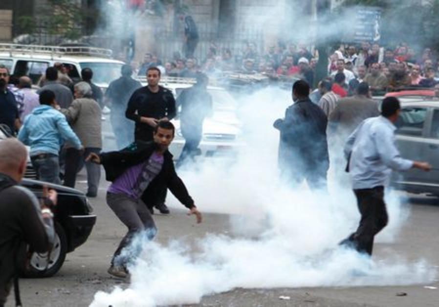 Les opposants au décret de Morsi