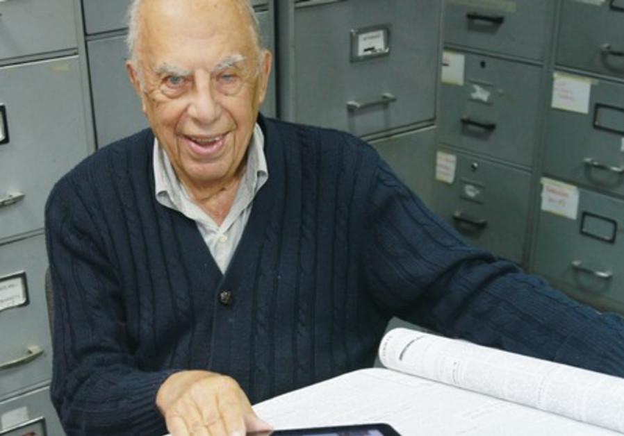 Alexander Zvielli.