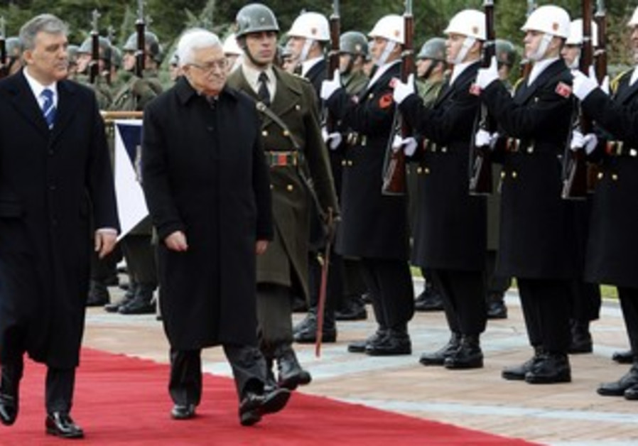Turkey's President Gul and PA President Abbas