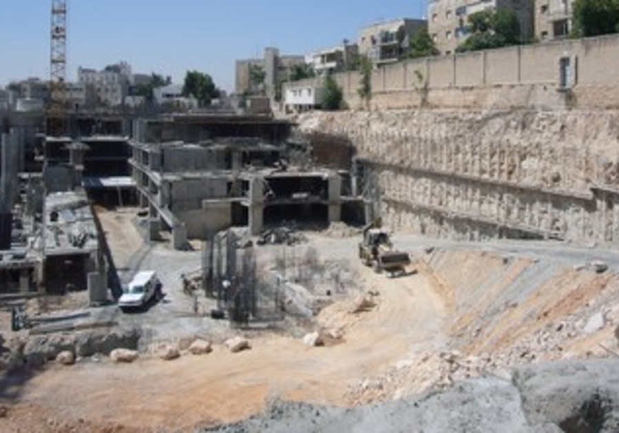 Building project in J'lem