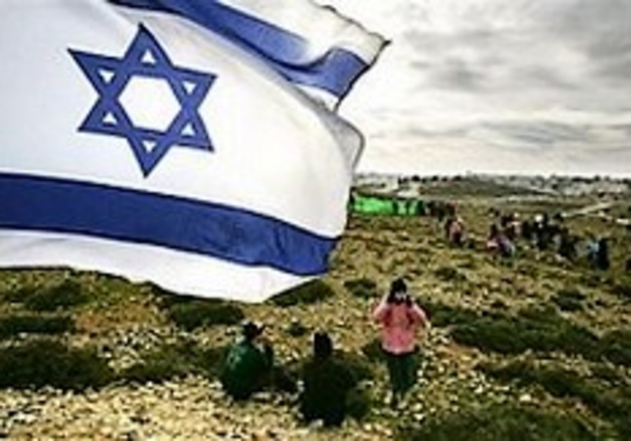 Palestinians want settler removed from land