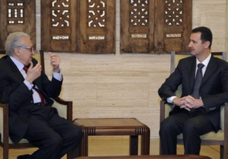 Int'l peace envoy for Syria Brahimi with Assad.