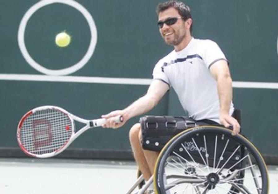 Paralympic gold medalist Noam Gershony
