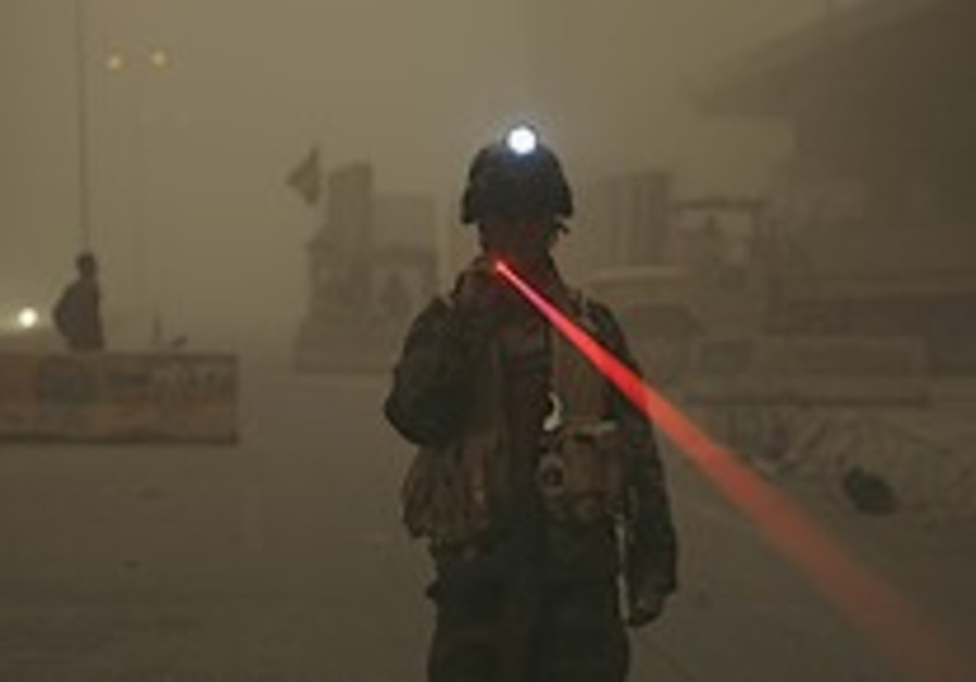 Iraq: US-protected Green Zone shelled in sandstorm