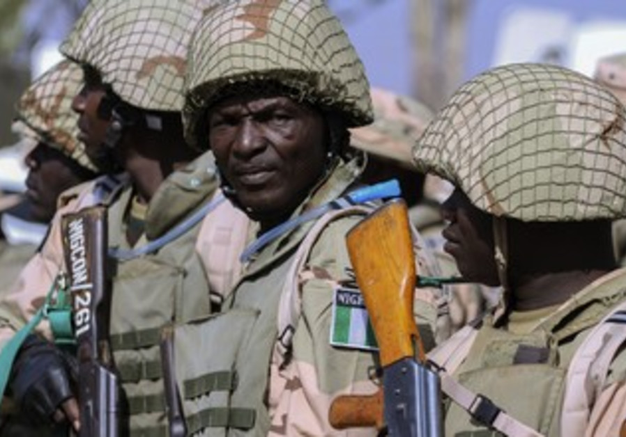Nigerian soldiers prepare to deploy to Mali