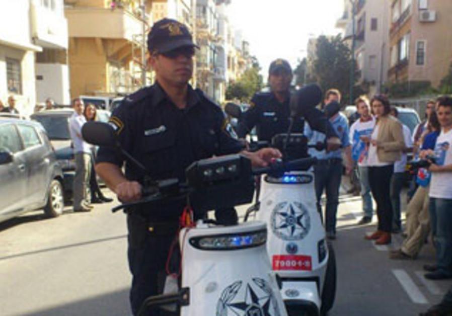 Israeli police patrolling in Tel Aviv on Election Day, January 22, 2013.