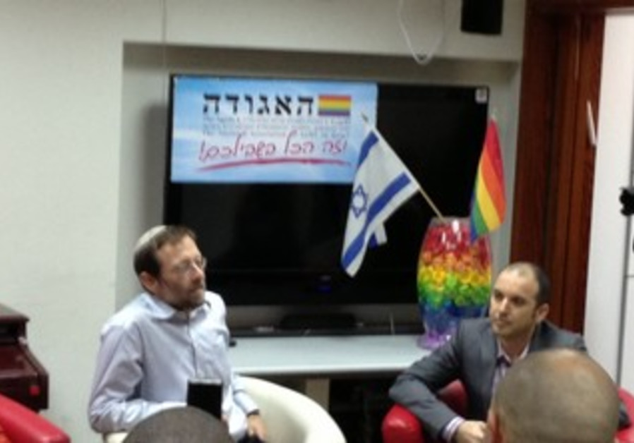 Feiglin (Left) meets LGBT community