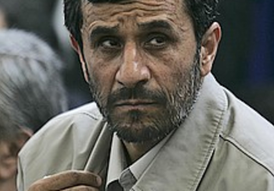 Ahmadinejad: EU sanctions are ineffective on nuke program
