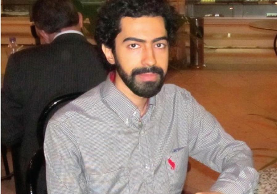 Emad el Dafrawi, dans un café du Caire