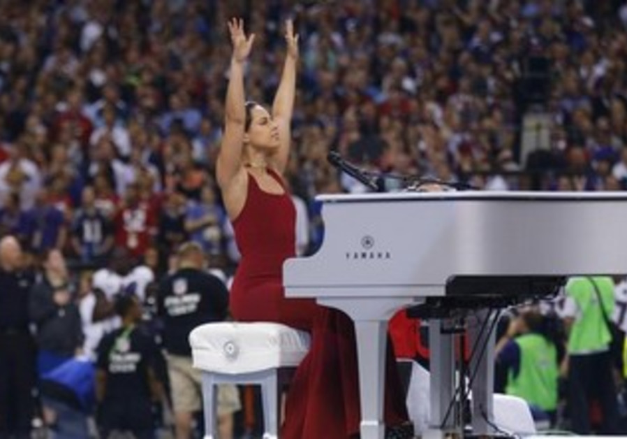 Singer Alicia Keys at the Superbowl, February 3, 2013