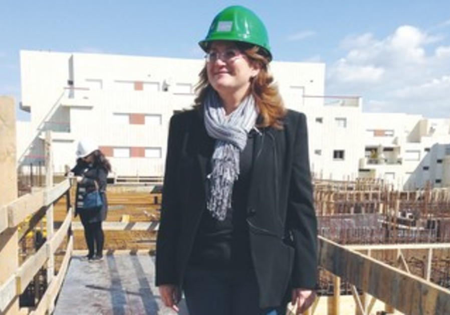 DANNA AZRIELI says construction on the NIS 400m. project in Herzliya Pituah will be done in 2015