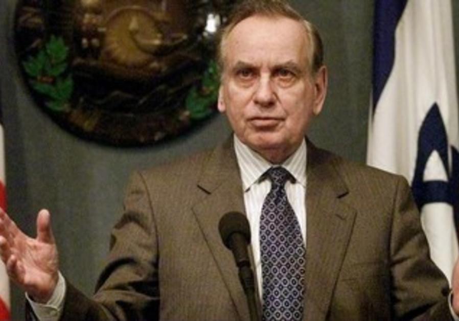 Former Israeli Ambassador to the United States Zalman Shoval in 2001.