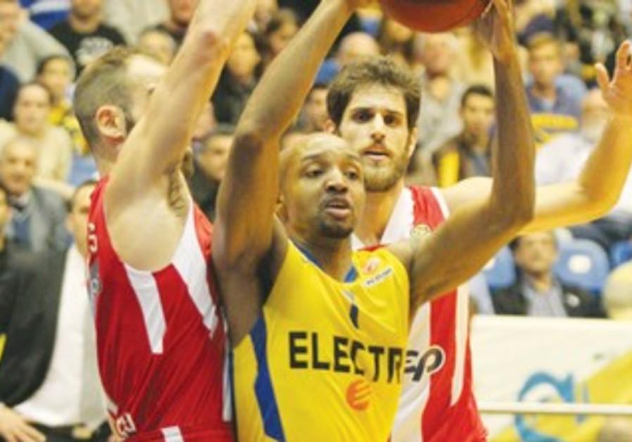 Maccabi Tel Aviv guard Ricky Hickman