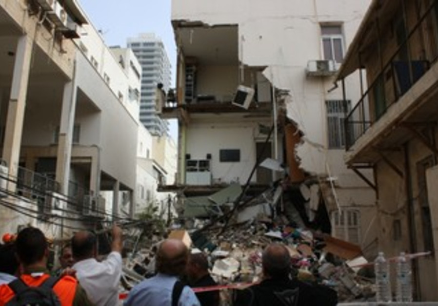 Tel Aviv buidling collapse