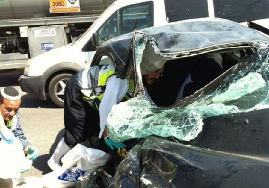 Car accident on Road 40 near Shalva village, March 27, 2013.