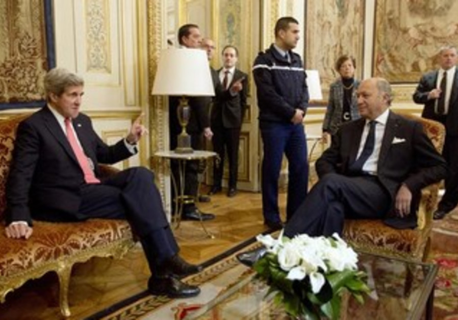 US Sec of State John Kerry (L) meets with France's Foreign Minister Laurent Fabius in Paris March 27