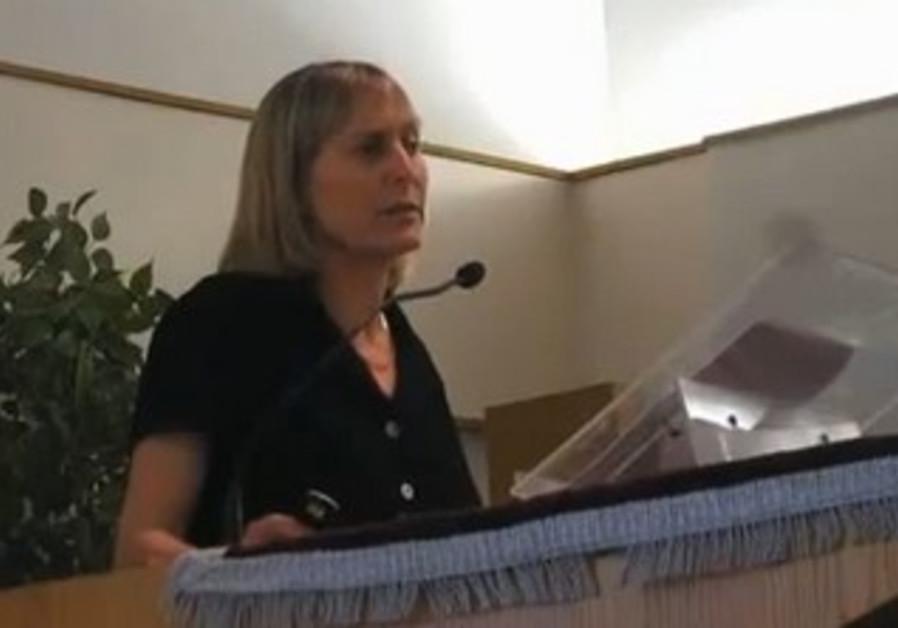 UCSC Hebrew lecturer Tammi Rossman-Benjamin giving lecture, June 20, 2012.