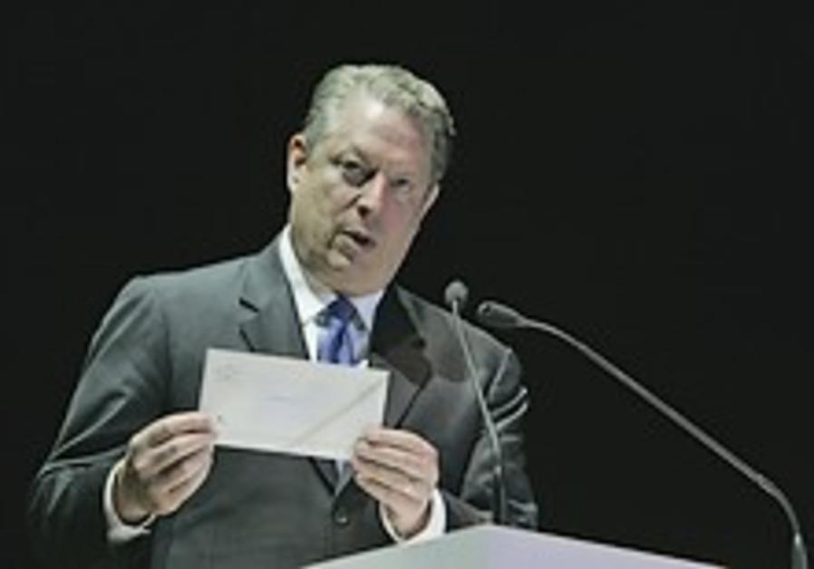 Gore gets $1m Dan David prize for planet efforts